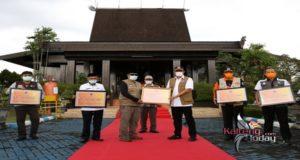 Dana Siap Pakai Rp. 3,5 Miliar Diserahkan Untuk Korban Banjir Kalimantan Selatan